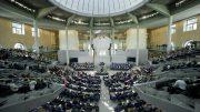 Copyright(c) Deutscher Bundestag / Marc-Steffen Unger - Blick in den Plenarsaal während der Haushaltsdebatte.