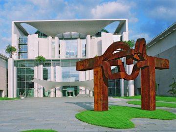 Bundeskanzleramt 2003